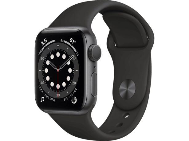 APPLE Watch Series 6 GPS 40mm Aluminiumboett i Rymdgrå - Sportband i Svart för 3590 kr