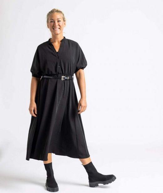 Klänning lång svart för 349 kr