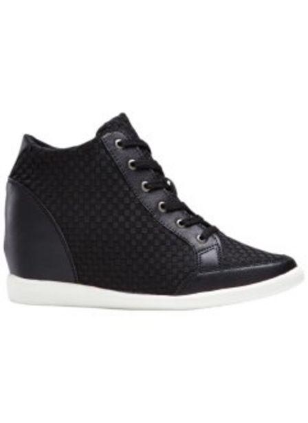 Sneakers för 299 kr