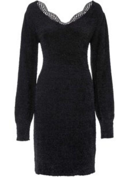 Stickad klänning med spets för 449 kr