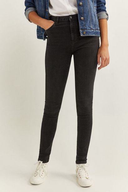 High Rise Sculpt Jeans för 9,99 kr