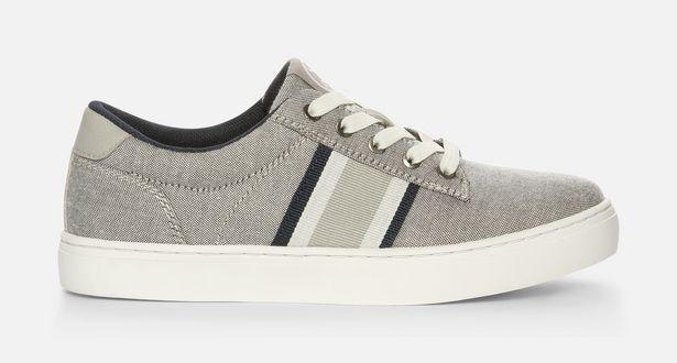 Sneakers för 149 kr